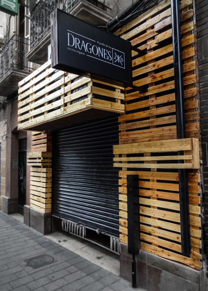 El jard n de los dragones pigmenta estudio creativo for Jardin urbain green bar