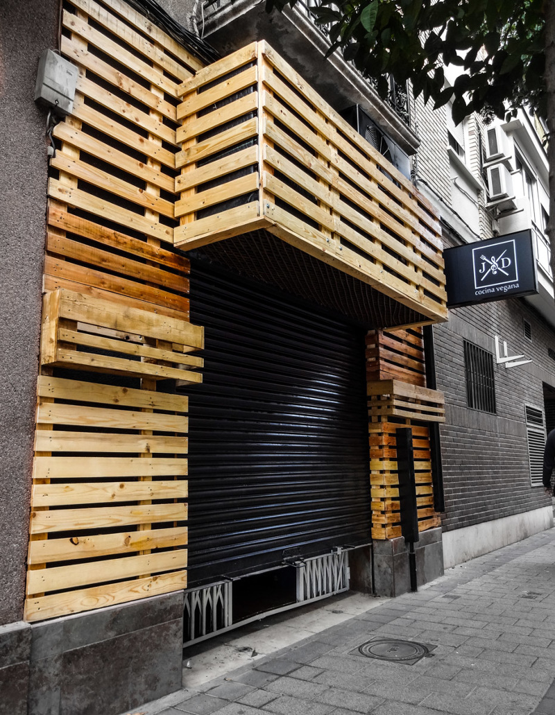 El jard n de los dragones pigmenta estudio creativo for Bar restaurante el jardin zamora