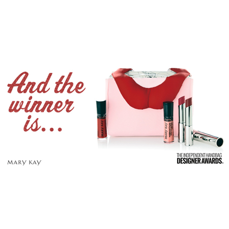 Design awarded with the Mary Kay Most Irresistible Make Up Bag - carlalopez